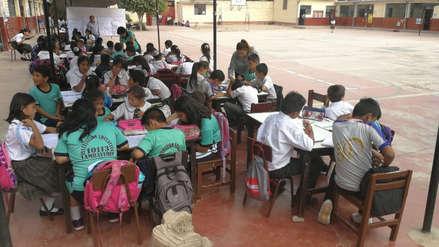 Chiclayo | Alumnos reciben clases en el patio de su colegio por daño en sus aulas tras el sismo