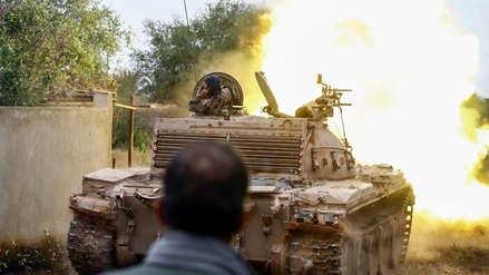Libia | Más de 30 muertos dejan intensos combates en el sur de Trípoli [VIDEO]