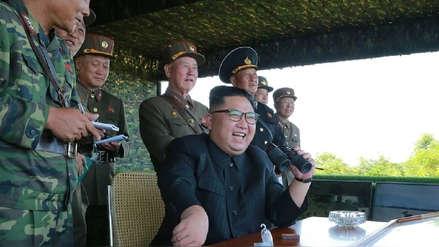 Funcionario norcoreano que se creía desterrado reapareció en evento junto a Kim Jong-un
