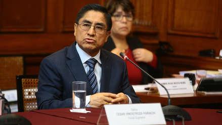 Poder Judicial dicta 12 meses de prisión preventiva y orden de captura contra Hinostroza por fuga a España