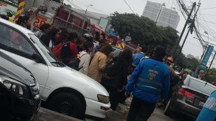 Miraflores: Al menos cinco escolares fueron atropellados tras despiste de un vehículo en avenida Benavides