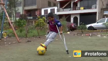 Perdió una pierna en el VRAEM, pero ama jugar fútbol: La historia del pequeño Jean Paul