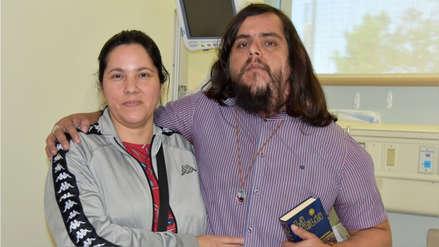 """""""Queremos que luzca y se sienta normal"""": El conmovedor drama del 'hombre elefante' sudamericano"""