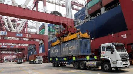 Guerra comercial: EEUU extiende plazo para implementar aranceles a importaciones chinas