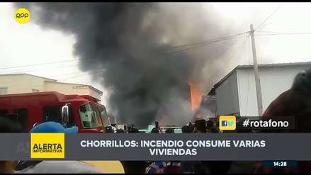 Chorrillos: incendio registrado en almacén afecta a varias casas en zona sin agua