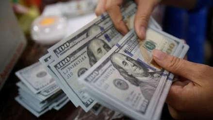 Tipo de cambio: Dólar inició la semana con esta cotización