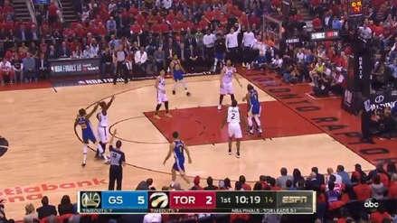 ¡Está de vuelta! El primer triple de Kevin Durant en su regreso a las canchas ante Toronto Raptors