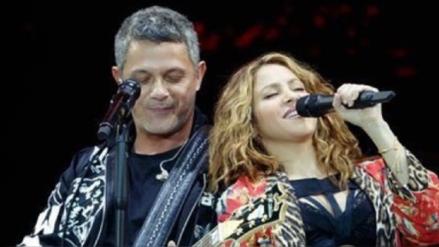 Shakira apareció sorpresivamente en el concierto de Alejandro Sanz