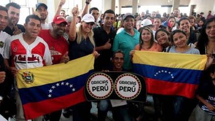 ¿En qué laboran los ciudadanos venezolanos en Perú?