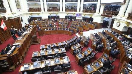 Daniel Salaverry amplía la legislatura para debatir reforma política y levantamientos de inmunidad