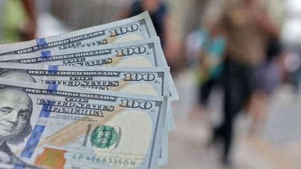 Tipo de cambio: Dólar permanece estable al inicio de la semana