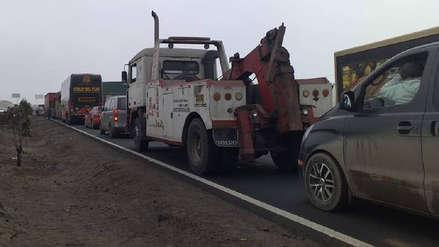 Conductor de tráiler murió en choque contra un camión en la Antigua Panamericana Sur