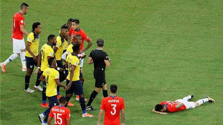 ¡A los 2 minutos! La primera amarilla del partido entre Chile y Ecuador fue para Jhegson Méndez