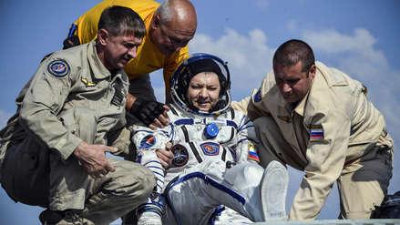 Tres astronautas regresan a la Tierra tras pasar seis meses en la Estación Espacial Internacional
