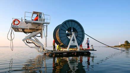 América Móvil y Telxius se juntan para instalar un cable submarino en el Pacífico