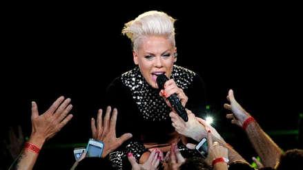 ¡Insólito! Fan de Pink dio a luz en pleno concierto de la cantante
