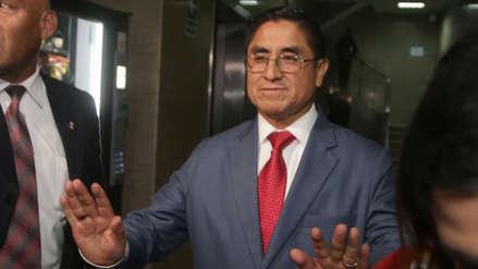 Juez rechazó pedido para archivar investigación a César Hinostroza por lavado de activos