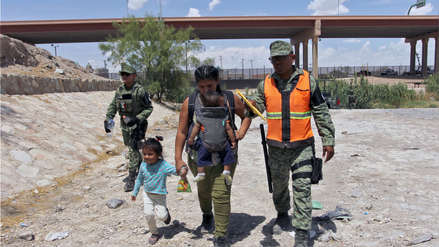 Más de 150 migrantes abandonados en un camión en Veracruz fueron rescatados