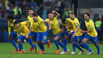 Brasil semifinalista: el eufórico festejo de la 'Canarinha' tras vencer en penales a Paraguay