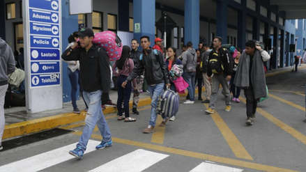 La crisis obliga a 5,000 venezolanos a abandonar diariamente su país