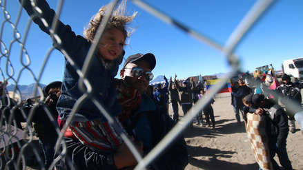 Migraciones supervisa control en frontera con Chile ante cientos de venezolanos varados