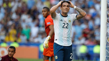 ¡En el palo! Lautaro Martínez se falló un increíble gol para Argentina en el partido ante Venezuela