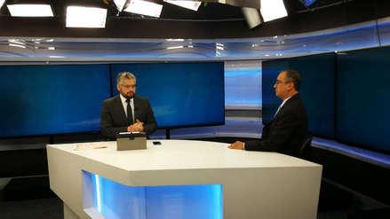 Ministro Oliva descarta su renuncia y proyecta que en junio la economía se habría acelerado