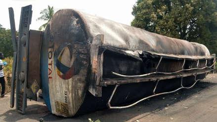 Al menos 50 muertos al explotar un camión cisterna con combustible en Nigeria
