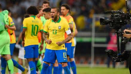 Dani Alves y su controversial tuit tras la clasificación de Perú a la a la final de la Copa América 2019