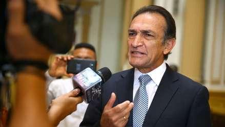 Presentan denuncia contra Héctor Becerril ante Comisión de Ética por discriminación