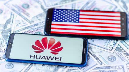 "Presidente de Sudáfrica dice que Estados Unidos está ""celoso"" de Huawei"