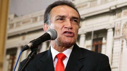 Comisión de Ética aprueba iniciar indagación contra Héctor Becerril por discriminación