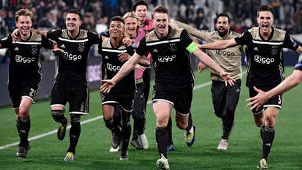 ¡Contra todo pronóstico! Ajax renovó a una de sus figuras hasta 2026