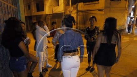 Serenos de Chiclayo maltratan a trabajadoras sexuales durante una intervención