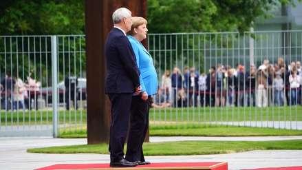 Angela Merkel sufrió un tercer episodio de temblores en menos de un mes