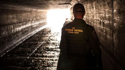 EE.UU. detuvo en junio a casi 95.000 migrantes en la frontera con México