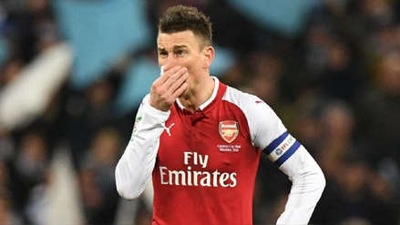 Laurent Koscielny se rebeló y no viajó con el Arsenal a Estados Unidos
