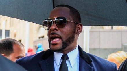 El cantante R. Kelly fue detenido de nuevo por delitos sexuales y pornografía infantil