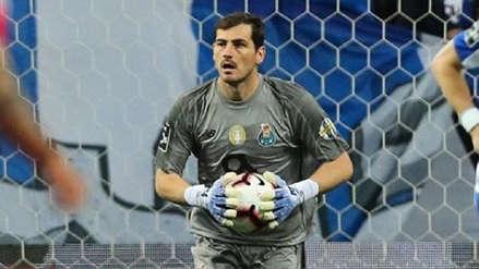 Iker Casillas anunció que deja el fútbol mientras se recupera