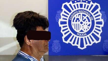 Hombre fue detenido por llevar cocaína escondida bajo su peluca en un aeropuerto