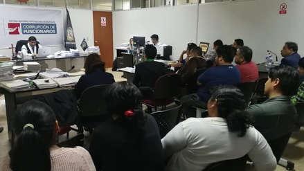 Muere un policía detenido por presunto vínculo con organización criminal en Trujillo