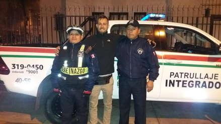 Serenos devolvieron equipo perdido de periodista europeo que llegó a Lima a cubrir los Panamericanos