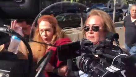 """""""Ahí están esos bichos"""": Eliane Karp lanzó dura frase a periodistas al llegar a la audiencia de Alejandro Toledo"""