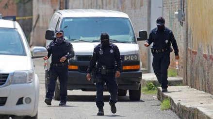Escena de terror: Encuentran cadáveres putrefactos y bolsas con restos humanos en una casa de México