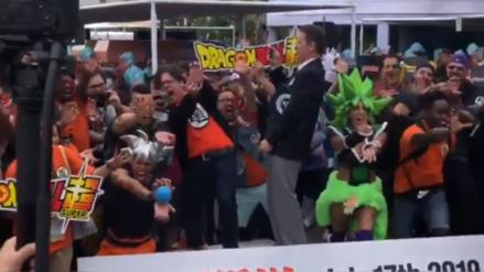 Aficionados de Dragon Ball lograron el récord Guinness con el Kamehameha más grande de la historia
