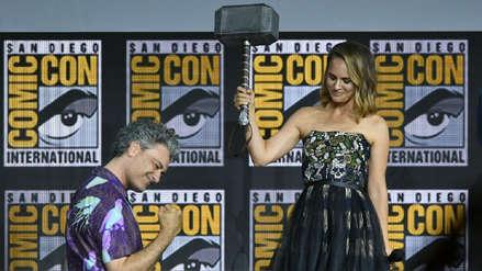 ¡Vuelve al universo Marvel! Natalie Portman alza el martillo y se convierte en la primera Thor mujer