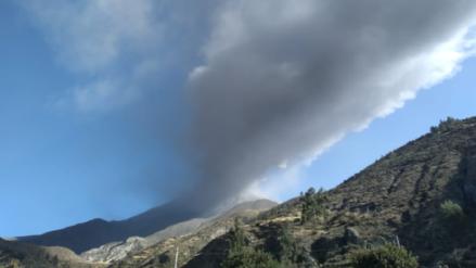 Gobierno declara estado de emergencia en 12 distritos de Puno afectados por erupción del volcán Ubinas