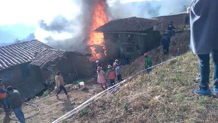 Incendio arrasa una vivienda donde funciona un grifo y afecta varias casas en Julcán
