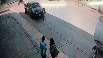Así son los robos con motocicletas en Trujillo (VIDEO)