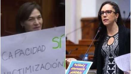 Congresistas se enfrentaron con carteles en el pleno sobre paridad y alternancia [VIDEO]